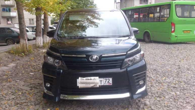 Toyota Voxy, 2014 год, 1 290 000 руб.
