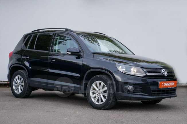 Volkswagen Tiguan, 2011 год, 540 000 руб.
