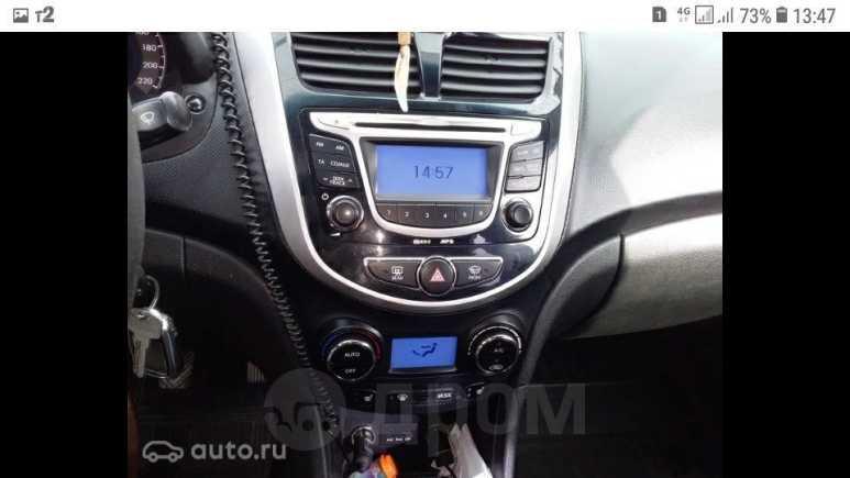 Hyundai Solaris, 2012 год, 549 000 руб.