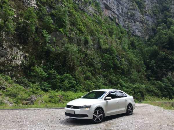 Volkswagen Jetta, 2011 год, 600 000 руб.