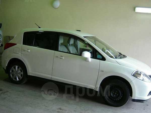Nissan Tiida, 2004 год, 320 000 руб.