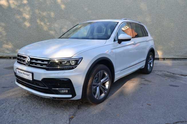 Volkswagen Tiguan, 2018 год, 2 140 000 руб.