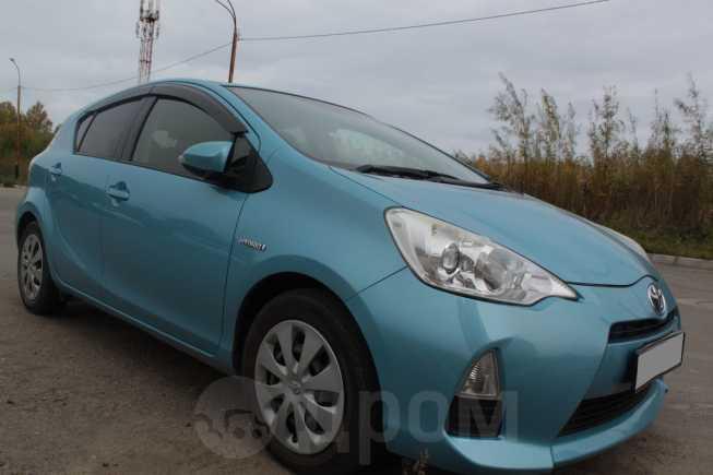 Toyota Aqua, 2012 год, 550 000 руб.
