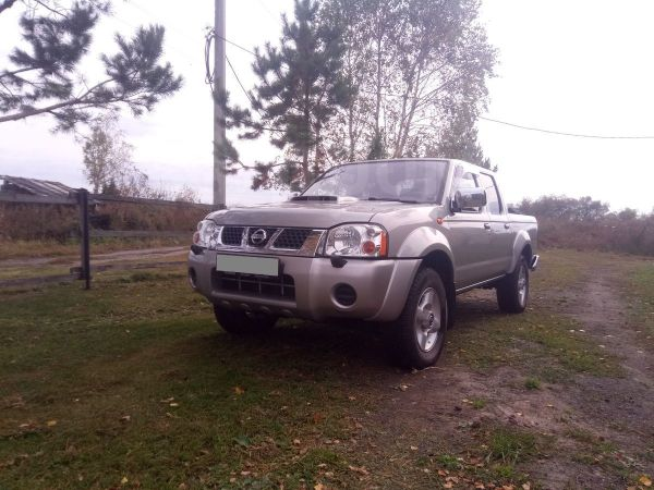Nissan NP300, 2013 год, 700 000 руб.