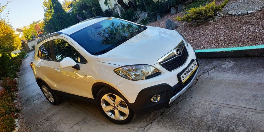 Opel Mokka, 2014 год, 815 000 руб.