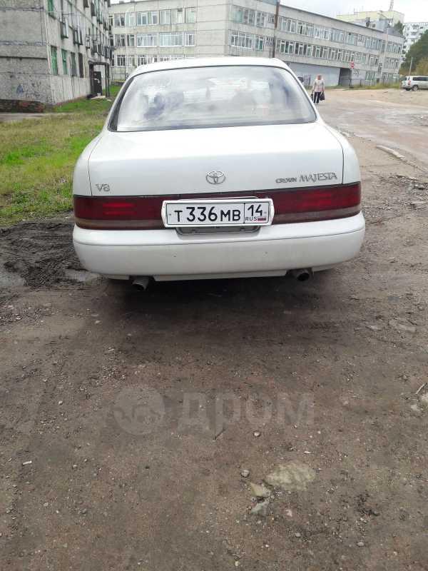 Toyota Crown Majesta, 1992 год, 260 000 руб.