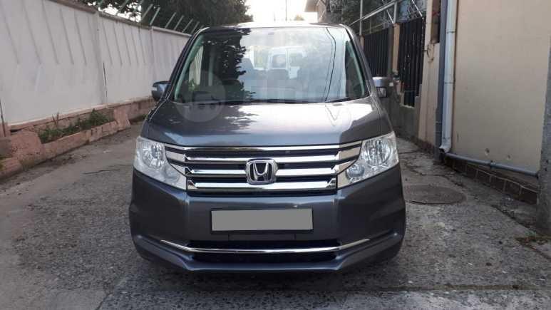 Honda Stepwgn, 2012 год, 930 000 руб.