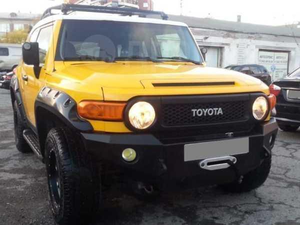 Toyota FJ Cruiser, 2010 год, 2 100 000 руб.