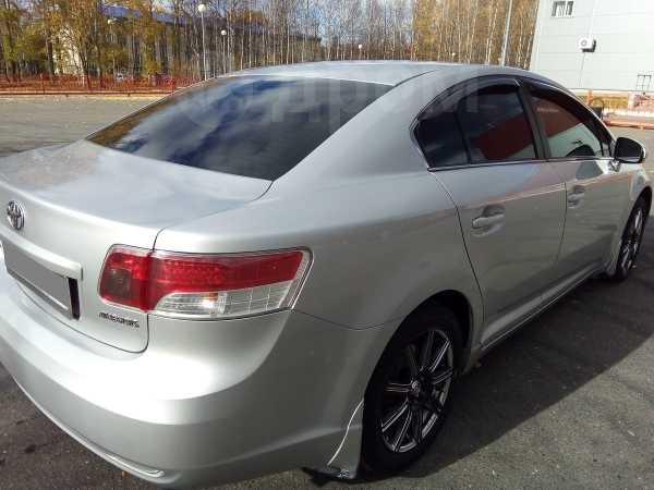 Toyota Avensis, 2010 год, 830 000 руб.