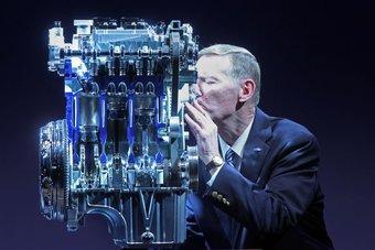 Бывший глава Ford Алан Малалли и трехцилиндровый мотор 1.0 EcoBoost