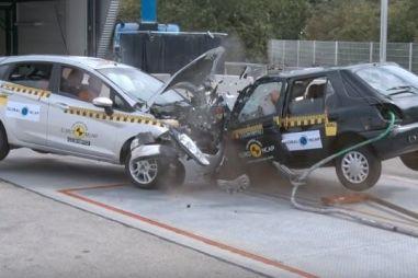 Краш-тест Ford Fiesta 1998 и 2018 года. Насколько все плохо? (ВИДЕО)