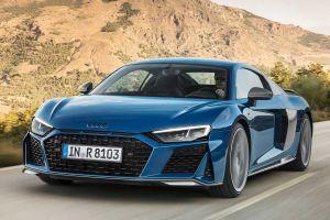 Обновленный Audi R8: более мощный мотор и новые бамперы