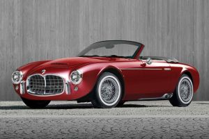 Итальянская Ares Design готовит «переиздание» классического родстера Maserati