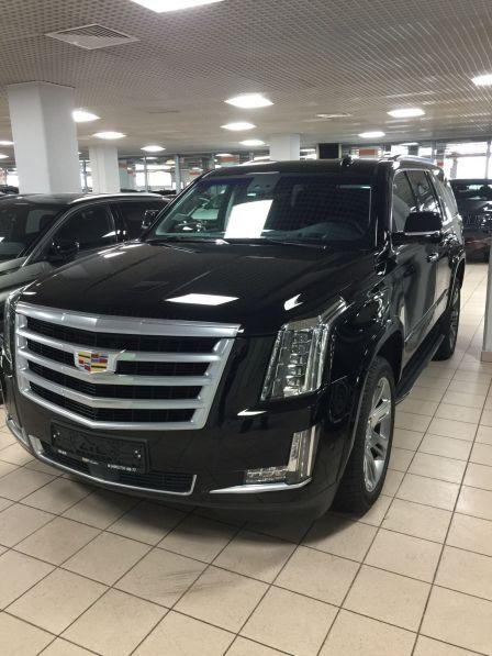 Cadillac Escalade 2018 - отзыв владельца