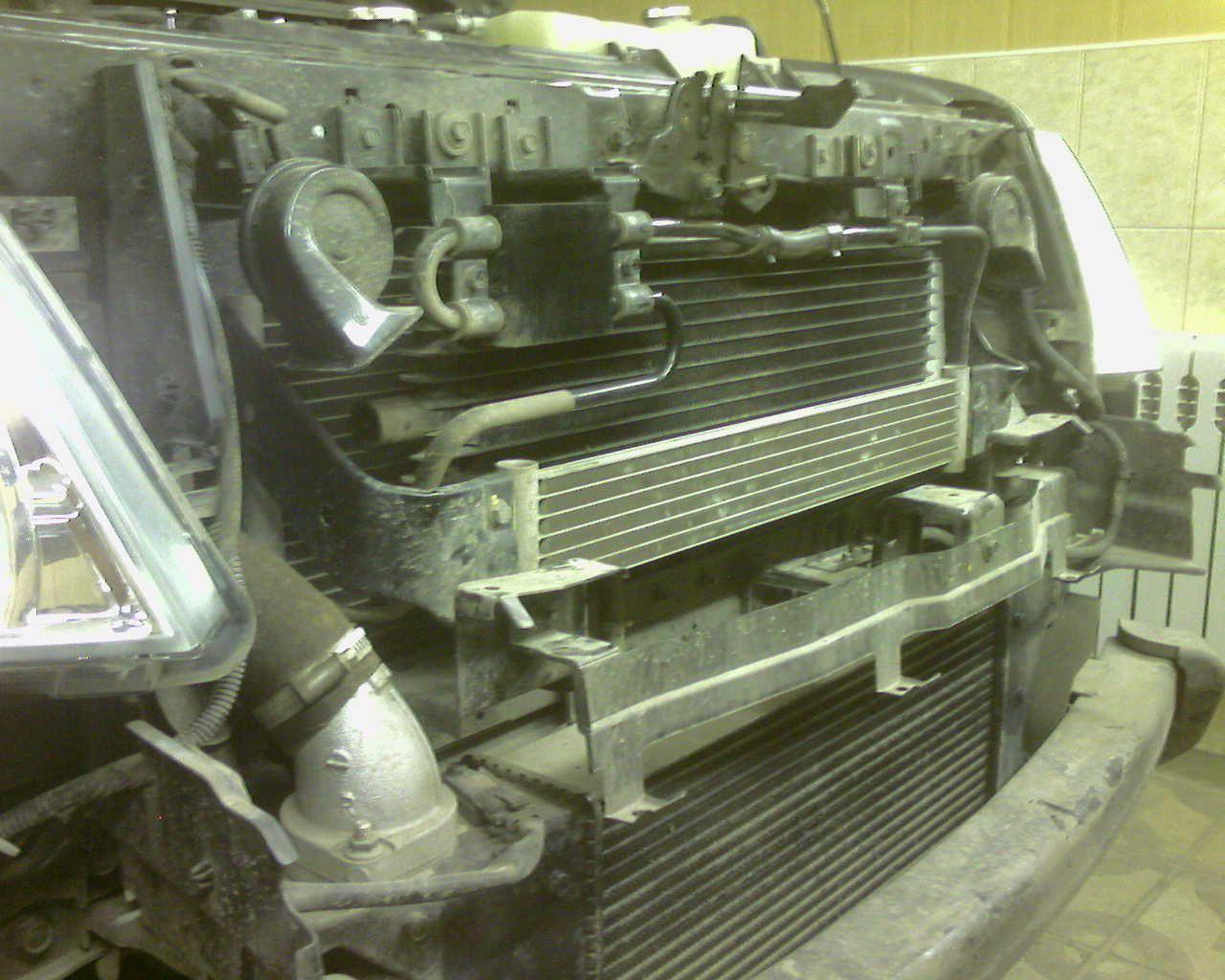 При установке Вебасто можно было наблюдать шесть радиаторов : основной мотора, переднего кондиционера , интеркулер, воздушный радиатор акпп, раздатки и заднего кондиционера.