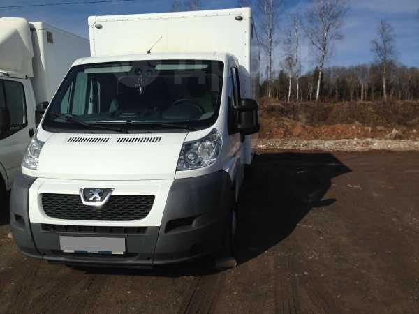 Peugeot Traveller, 2011 год, 990 000 руб.