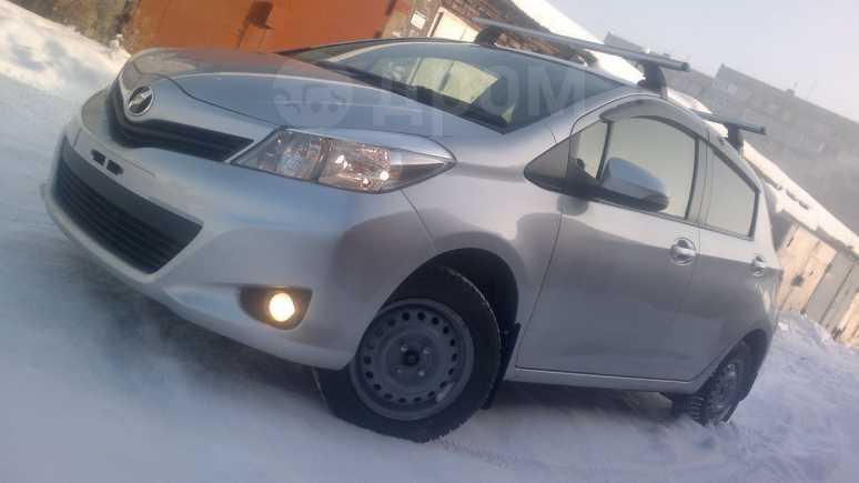 Toyota Vitz, 2012 год, 575 000 руб.