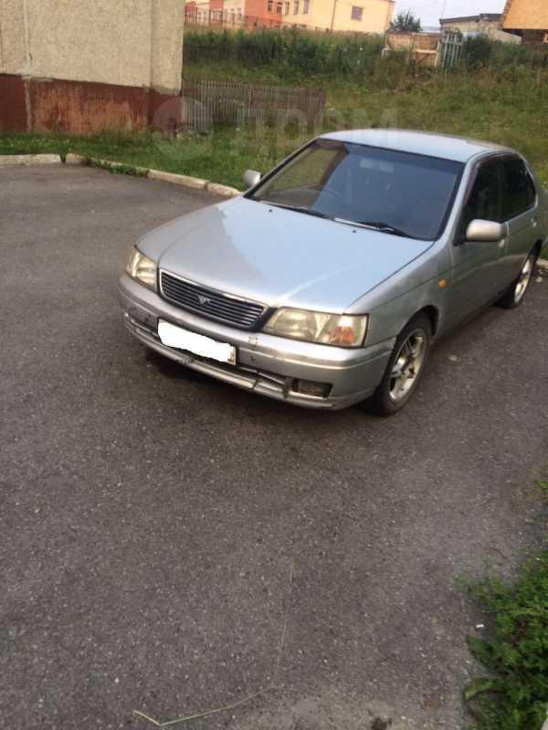 Nissan Bluebird, 1996 год, 40 000 руб.