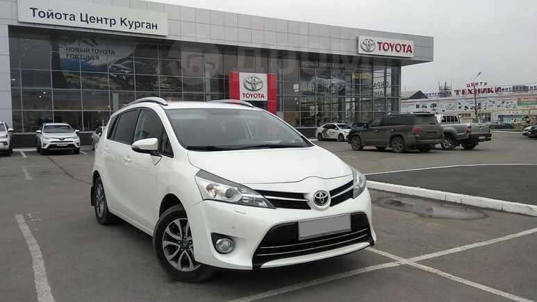 Toyota Verso, 2013 год, 930 000 руб.