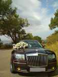 Chrysler 300C, 2004 год, 700 000 руб.