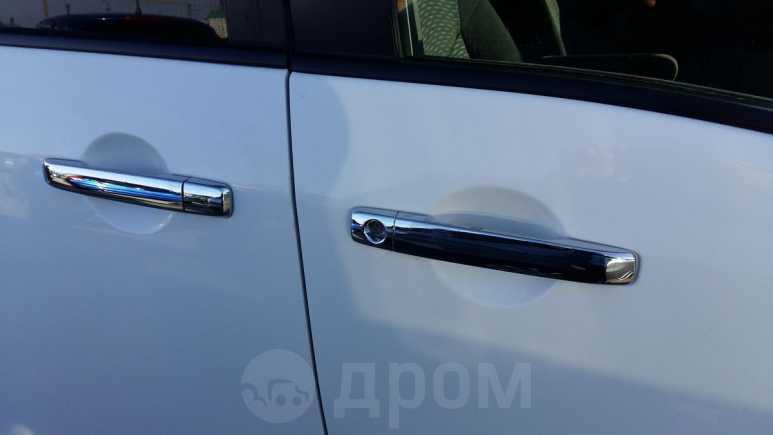 Nissan Serena, 2013 год, 925 000 руб.