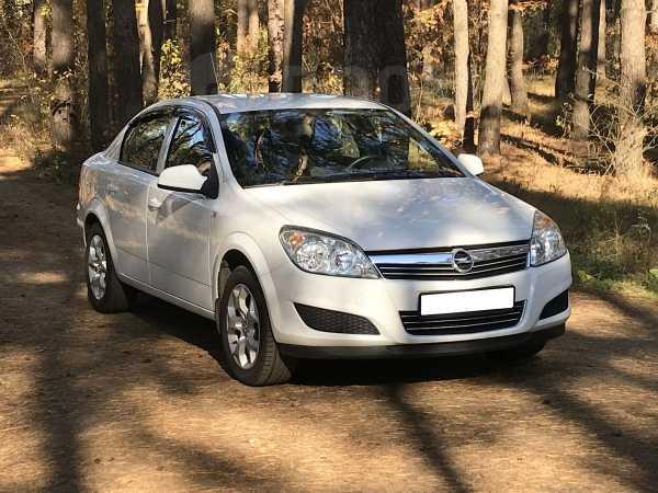 Opel Astra, 2014 год, 519 000 руб.
