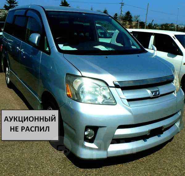 Toyota Noah, 2006 год, 365 000 руб.