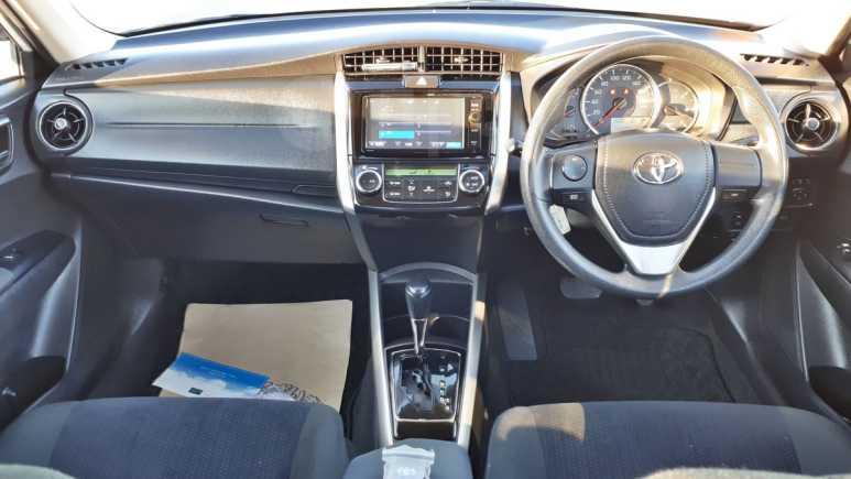 Toyota Corolla Fielder, 2016 год, 882 000 руб.