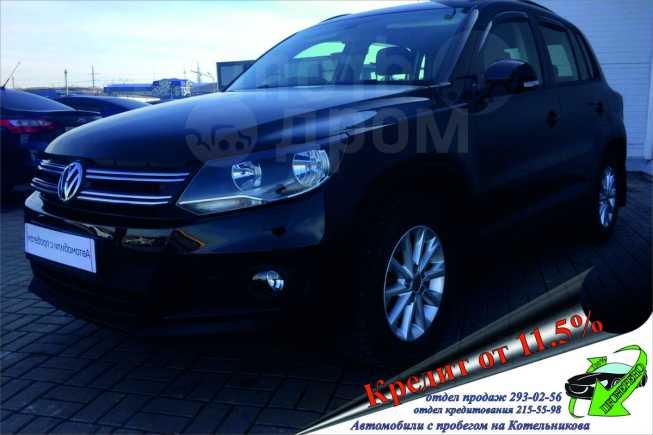 Volkswagen Tiguan, 2014 год, 857 000 руб.