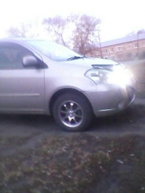 Toyota Raum, 2003 год, 280 000 руб.