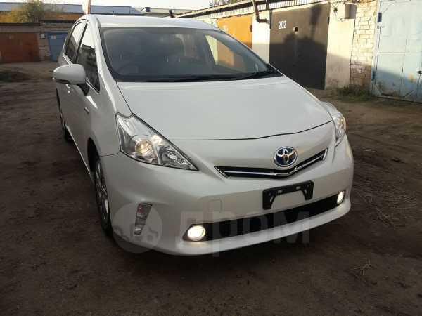 Toyota Prius a, 2013 год, 955 000 руб.
