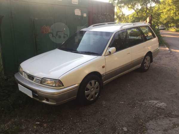 Nissan Avenir Salut, 1997 год, 170 000 руб.