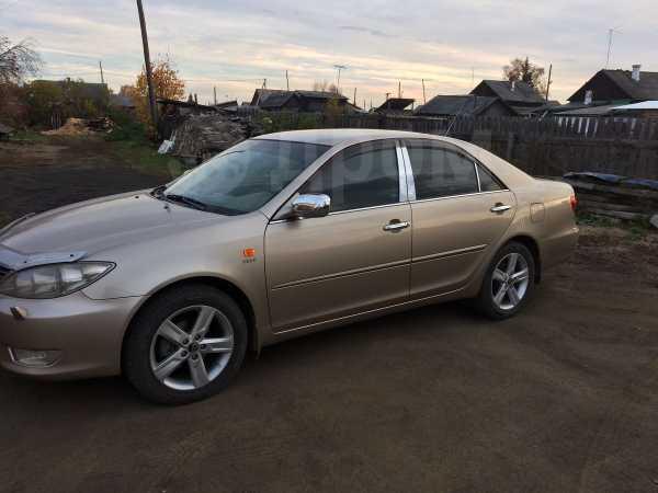 Toyota Camry, 2005 год, 600 000 руб.