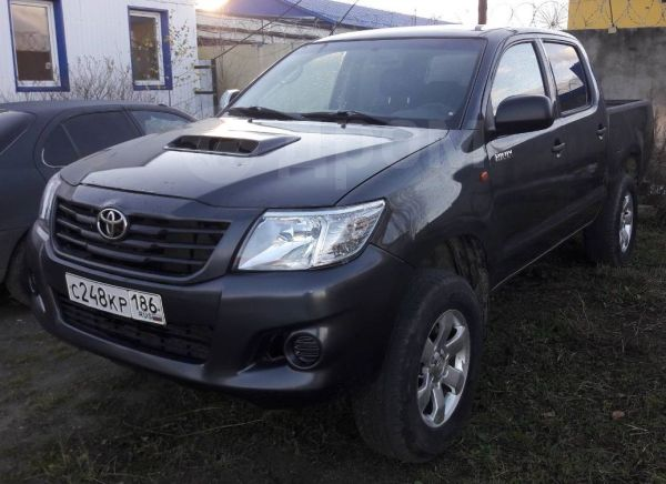 Toyota Hilux Pick Up, 2014 год, 960 000 руб.