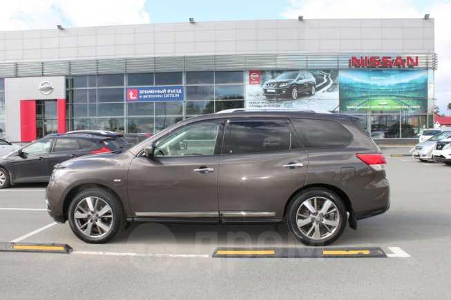 Nissan Pathfinder, 2014 год, 1 570 000 руб.