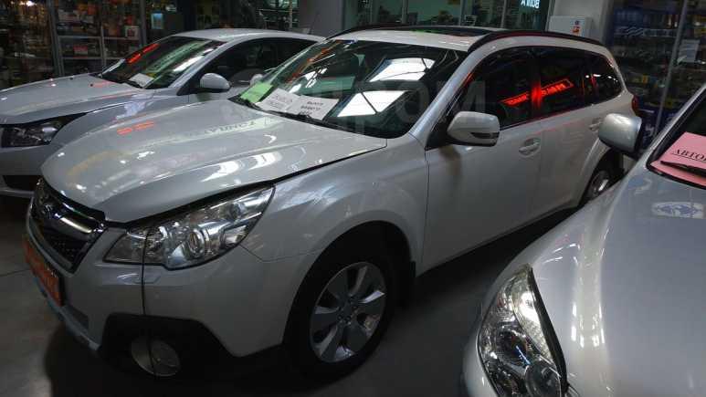Subaru Outback, 2010 год, 875 000 руб.