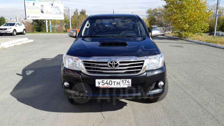 Toyota Hilux Pick Up, 2014 год, 1 398 000 руб.