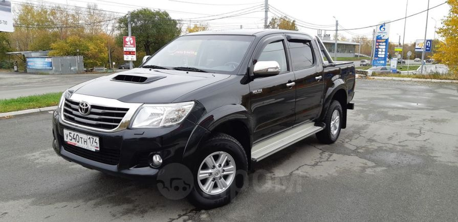 Toyota Hilux Pick Up, 2014 год, 1 388 000 руб.