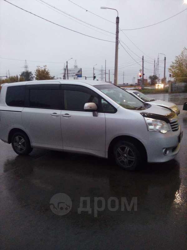 Toyota Noah, 2011 год, 849 999 руб.