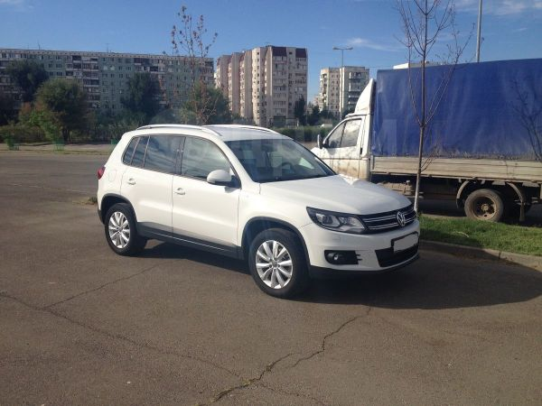 Volkswagen Tiguan, 2016 год, 1 199 000 руб.