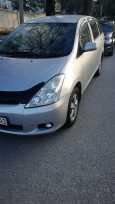 Toyota Wish, 2004 год, 425 000 руб.