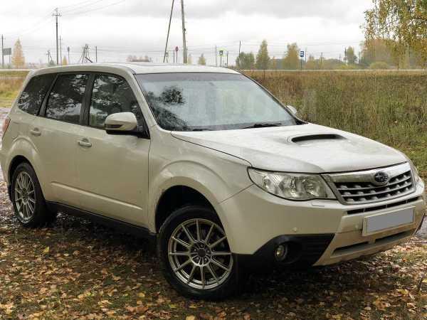 Subaru Forester, 2011 год, 945 000 руб.