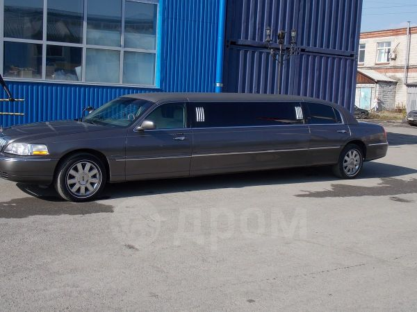 Lincoln Town Car, 2003 год, 750 000 руб.