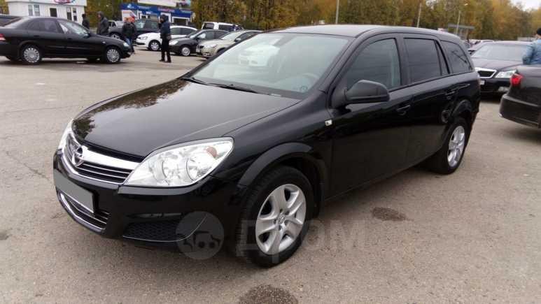 Opel Astra Family, 2012 год, 390 000 руб.