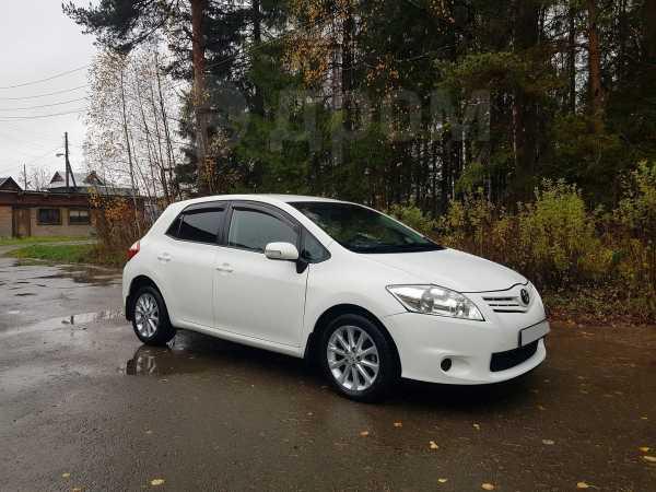 Toyota Auris, 2010 год, 575 000 руб.