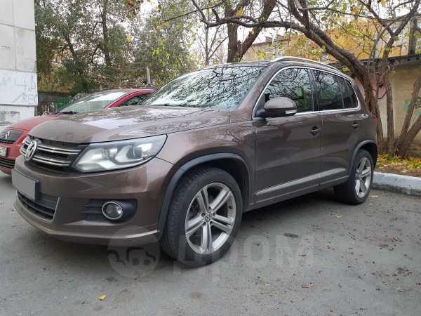 Volkswagen Tiguan, 2013 год, 1 180 000 руб.