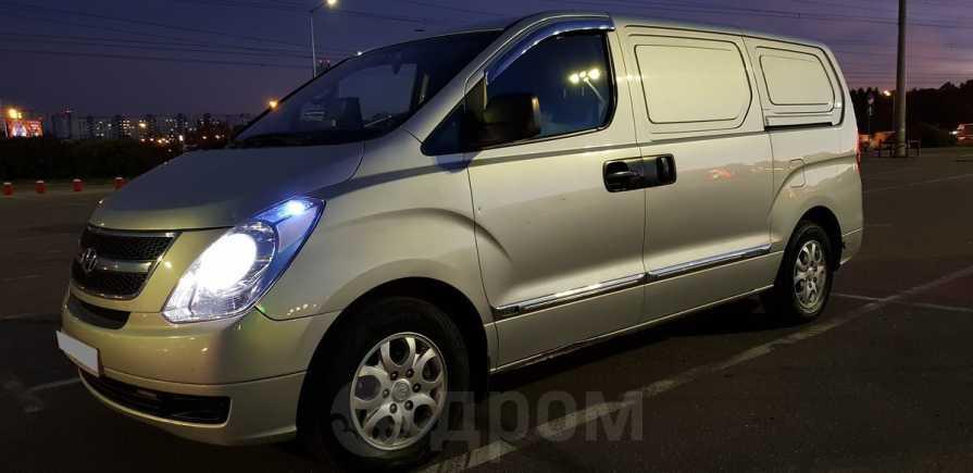 Hyundai Grand Starex, 2009 год, 498 000 руб.