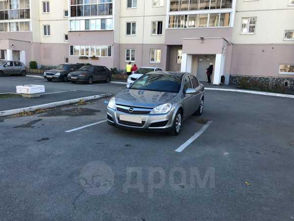 Opel Astra Family, 2011 год, 390 000 руб.