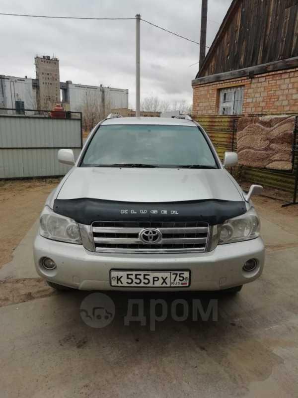 Toyota Kluger V, 2000 год, 470 000 руб.