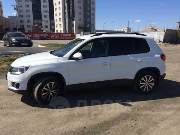 Volkswagen Tiguan, 2013 год, 755 000 руб.